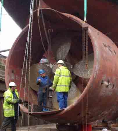 Performance et fiabilité dans la maintenance des navires
